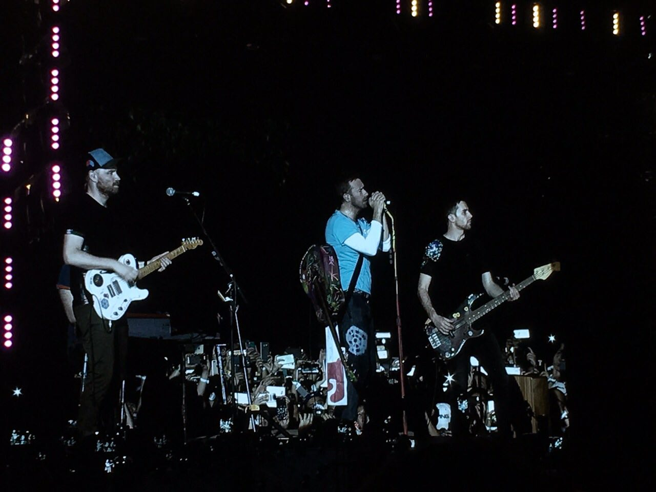 WATCH NOW: Coldplay Rocks Manila as Witnessed by the One Music Army!